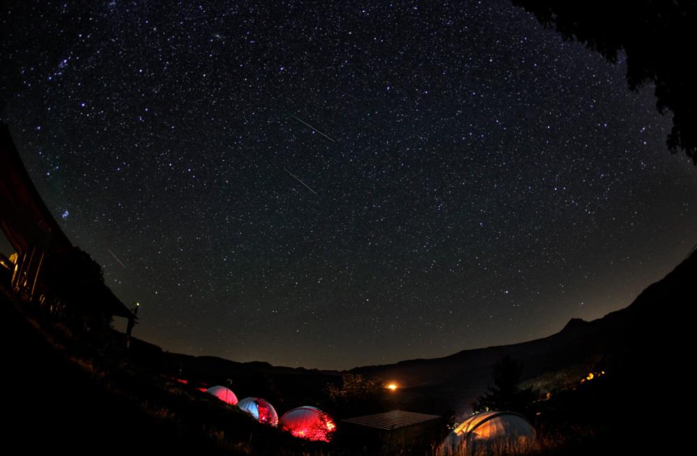 Sternenhimmel mit Astrodomes Südfrankreich